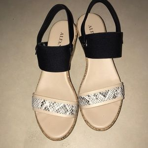 Alfani two tone wedges